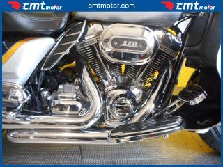 Harley-Davidson FLHTCUSE Screamin' Eagle Ultra Classic Electra Glide
