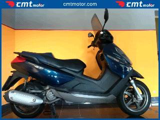 Piaggio X7 250