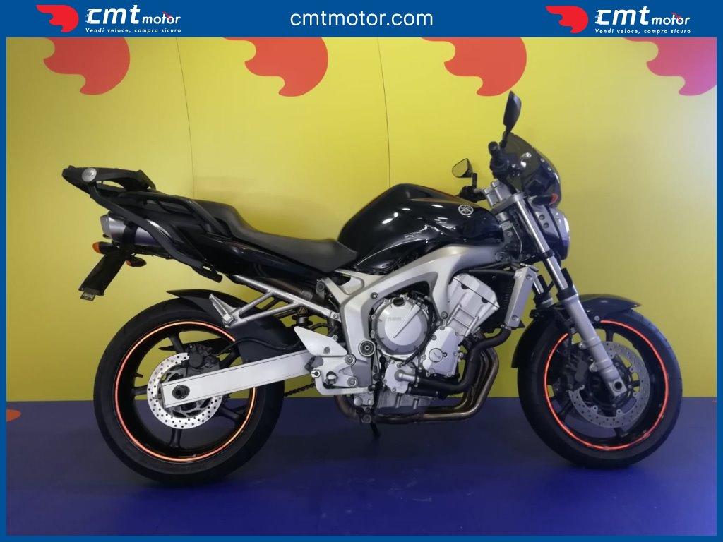 2004 Yamaha FZ6 Photos, Informations, Articles - Bikes
